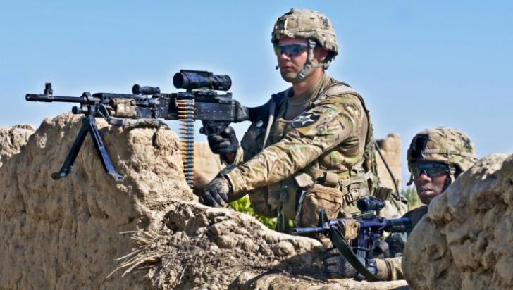 NATO: Aproximativ o mie de soldaţi ruşi se află în continuare în estul Ucrainei