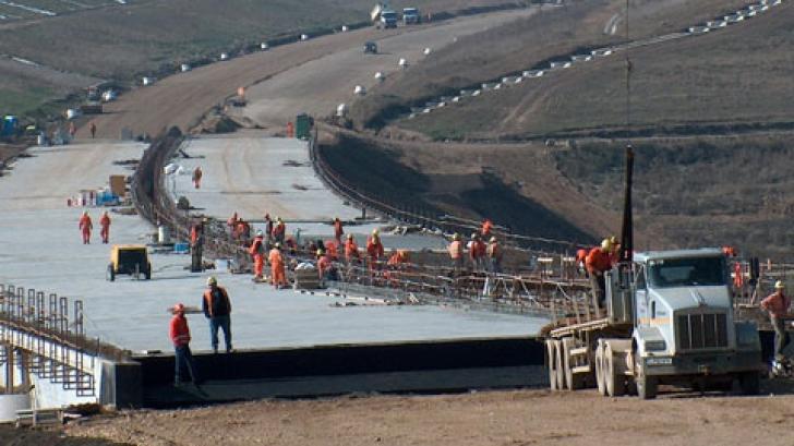 CNADNR a anunțat cui a atribuit contractul pentru finalizarea lotului II al Autostrăzii Nădlac-Arad
