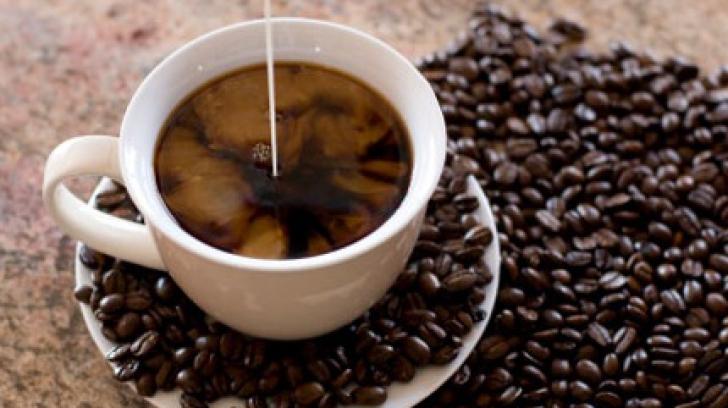 Care este boala gravă de care te feresc patru ceşti de cafea pe zi