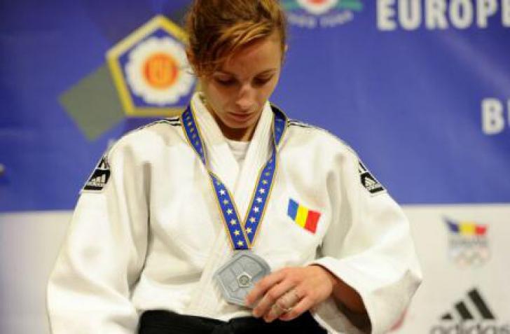 Judo: Echipa feminină a României, locul 7 la Europenele de juniori de la București