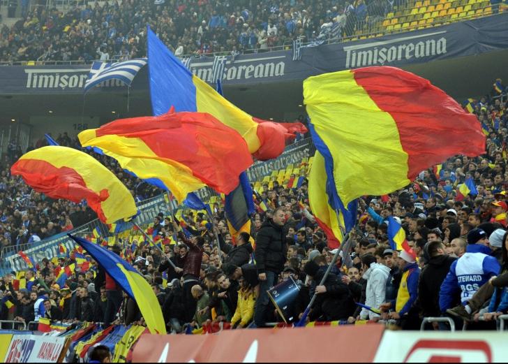 LOVITURĂ - Imnul naţionalei României e OBSCEN! Aceste versuri nu pot fi cântate pe stadion. SCANDAL