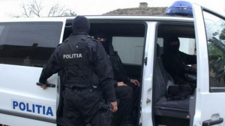 Percheziții în București și Ilfov, la suspecți de furturi din locuințe și autovehicule