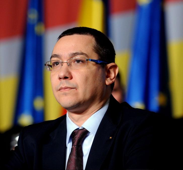 Victor Ponta îl amenință, din SUA, pe Traian Băsescu cu suspendarea