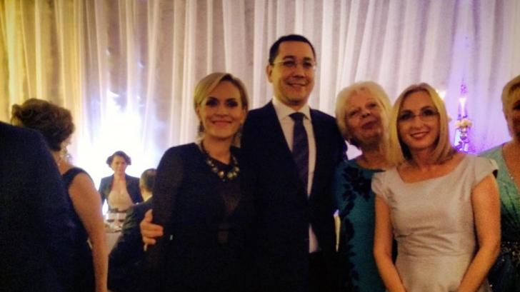 FOTO. VICTOR PONTA și lideri PSD, la NUNTA fiicei primarului din IAȘI