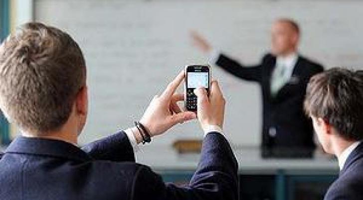 Cum poți evita neplăcerile cauzate de folosirea îndelungată a dispozitivelor mobile