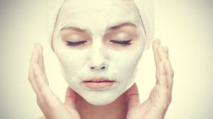 4 produse de îngrijire a pielii pe care NU trebuie să le combini