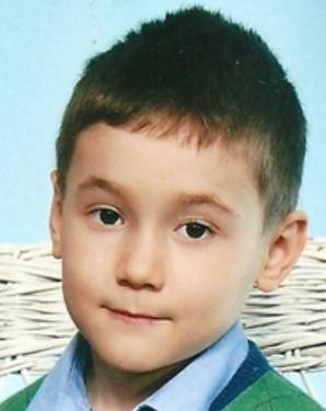 Copil de 7 ani, DISPĂRUT din curtea unei grădiniţe din Sectorul 6. Poliţia cere ajutor - POZĂ