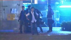 Mai mulţi poliţişti suspectaţi că au agresat un manifestant prodemocraţie la Hong Kong au fost suspendaţi din funcţie