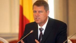Iohannis: Ponta este un om manevrat de structuri, un om al găştilor de partid