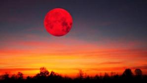 """""""LUNA SÂNGERIE"""": O eclipsă totală de Lună, vizibilă pe 8 octombrie"""