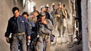 Guvernul ţine pe perfuzii minerii din Valea Jiului încă trei ani. Factura o plăteşte însă toată ţara