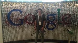 """Petru Trimbitas, studentul român pentru care se """"bat"""" Google şi Facebook"""