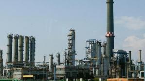 LUKOIL ameninţă că va închide rafinăria Petrotel