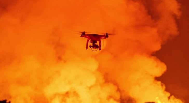 Imagini incredibile: Erupţia unui vulcan, surprinsă cu ajutorul unei drone
