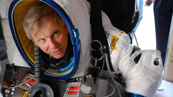 Felix Baumgartner e istorie! Un american a sărit de la peste 41.000 de metri