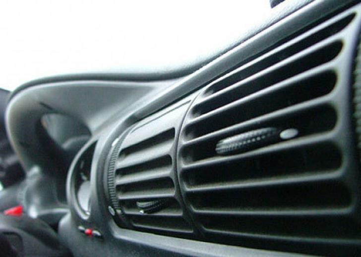 Aerul condiționat din maşinile noi poate ucide!