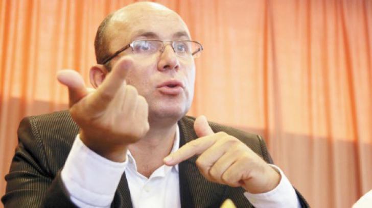 Cozmin Gușă: Nu putem să trecem peste această încălcare evidentă a intimității unui politician