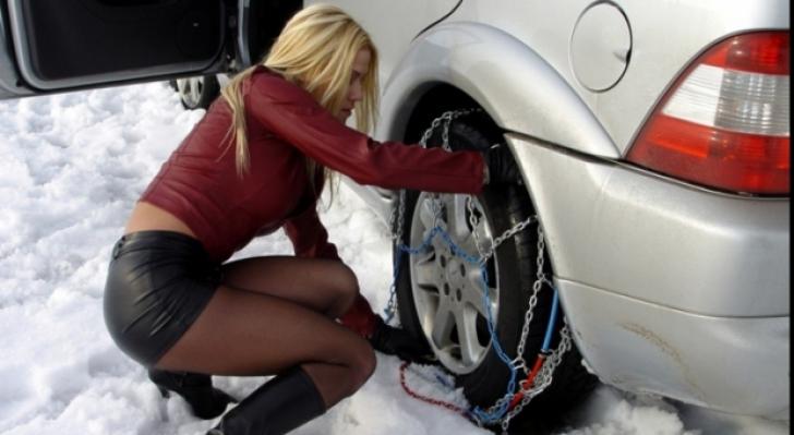 ALERTĂ - Ce trebuie să faceţi înainte să vă schimbaţi cauciucurile! Nu uitaţi să...