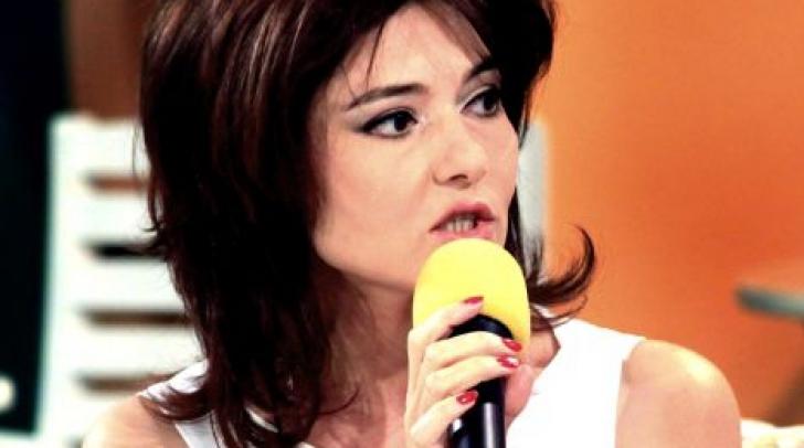 """Oana Sârbu, în continuarea la """"Liceenii"""". Cum arată după 28 de ani. FOTO"""