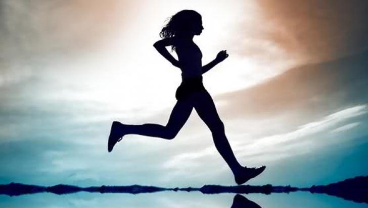 6 activităţ zilnice care ŢIN MEDICUL DEPARTE