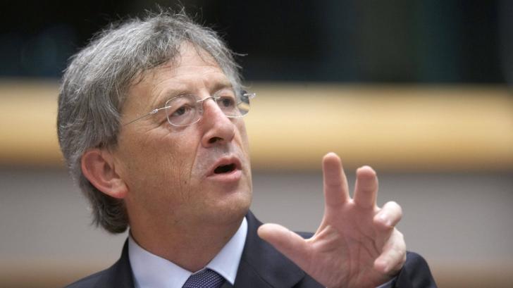 Juncker i-a acuzat pe Renzi şi Cameron că îşi mint cetăţenii privind negocierile bugetare în UE