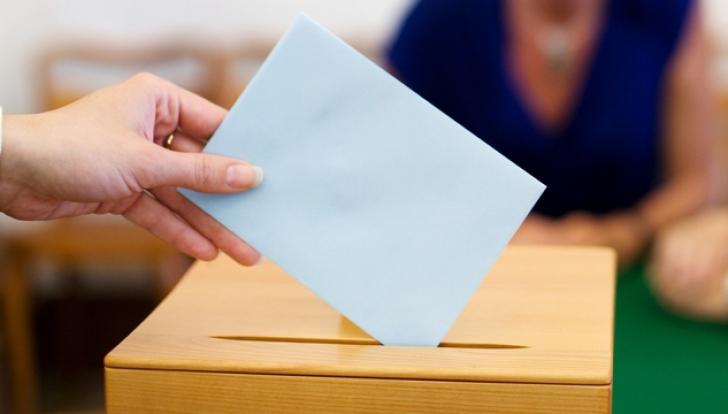 ALEGERI UCRAINA: Primele alegeri parlamentare după înlăturarea lui Viktor Ianukovici