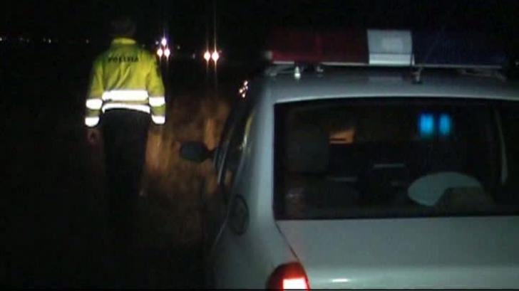Cadavrul unui bărbat a fost găsit pe un câmp din Buzău