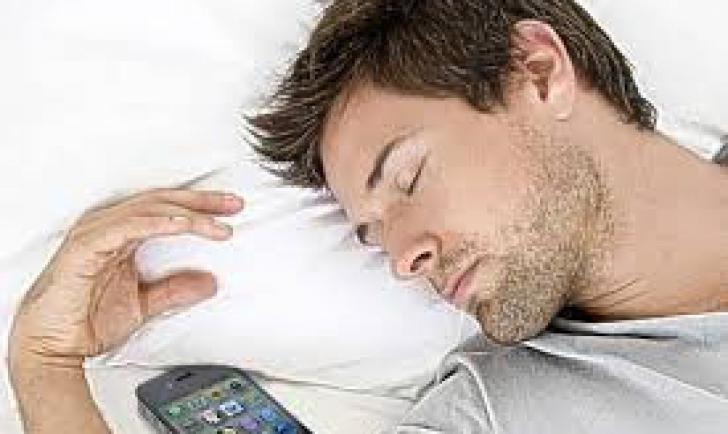 Telefonul dăunează grav sănătății