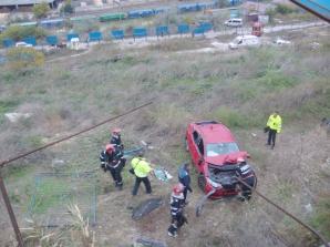 <p>ACCIDENT incredibil la Constanţa: o şoferiţă a plonjat 10 metri în gol</p>
