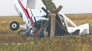 Avion privat, prăbuşit. Au murit 9 persoane