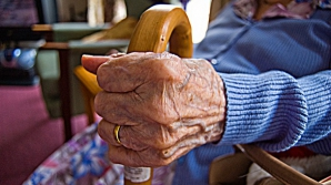 Bătrână de 73 de ani, salvată de la moarte în ultima clipă