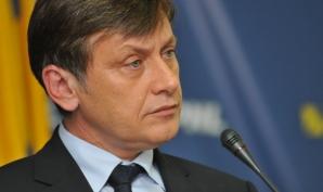 Iohannis: Antonescu cu siguranţă mă susţine şi mă votează