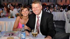Euronews, despre primirea făcută soției lui Klaus Iohannis, la liceul din Sibiu
