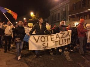 MESAJUL FABULOS al lui Iohannis, în timpul PROTESTELOR de la Sibiu / Foto: oradesibiu.ro