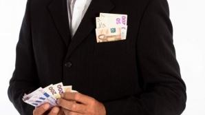 Salarii mai mari pentru primari