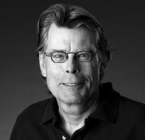 Stephen King a recunoscut în 2000 că unul dintre viciile sale a fost cocaina, care i-a creat o adevărată dependenţă, mai ales între 1979 şi 1987