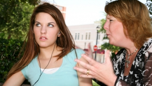 Cum să îţi educi copilul cu calm: 3 sfaturi pentru îmbunătăţirea relaţiei părinte-copil