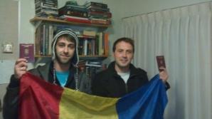 Doi studenţi români din Canada merg pe jos peste 100 de kilometri, pentru a putea să voteze. Sursa: Adevărul.ro