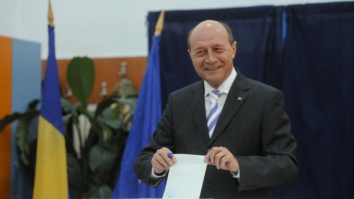 ALEGERI PREZIDENȚIALE 2014 DIASPORA: Traian Băsescu solicită prelungirea programului de votare