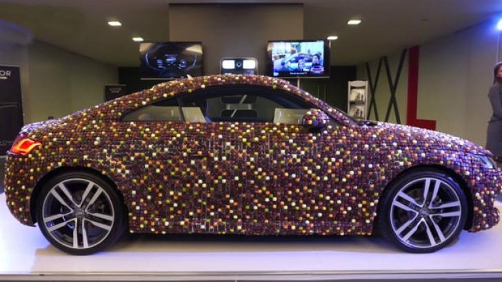 Audi TT: Cum arată noul Audi TT învelit în ciocolată