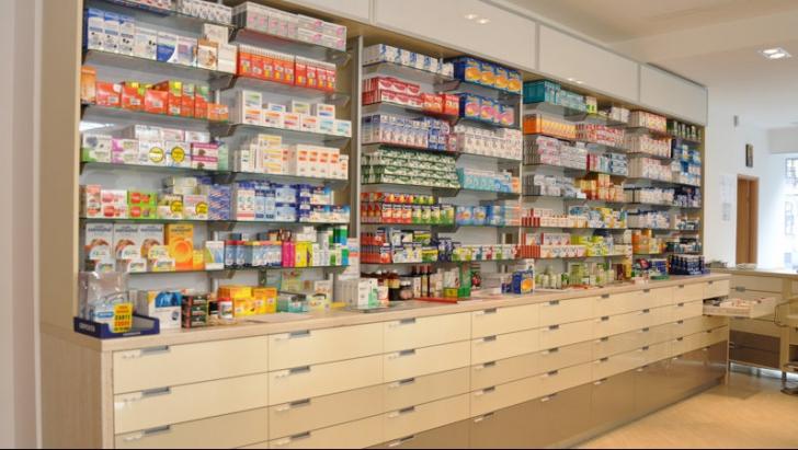 <p>Colegiul Farmaciştilor: De ce au plătit mai mulţi bani pacienţii după ieftinirea medicamentelor</p>