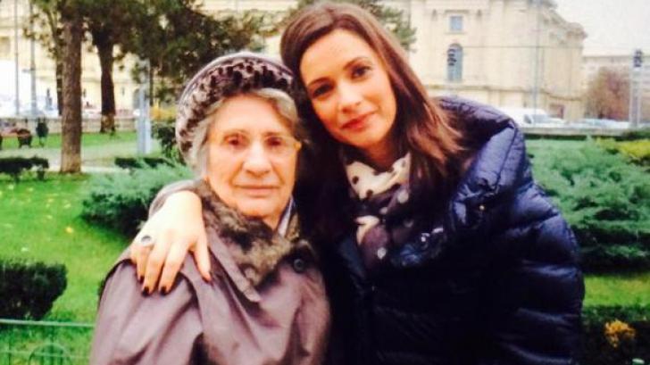 MESAJ EMOŢIONANT de la Andreea Berecleanu pentru bunica ei de 88 de ani