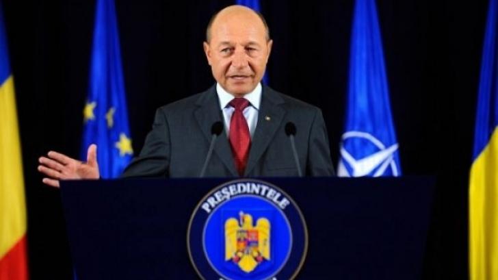 Băsescu: Ambasadorii au informat asupra nevoii de mărire a numărului de secții de votare în diaspora