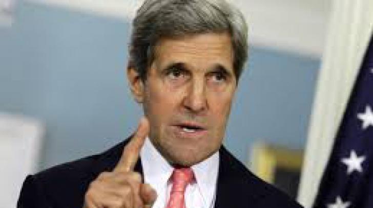 John Kerry a rămas la Viena, pentru a discuta cu omologul său iranian