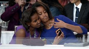 Sasha şi Malia Obama, ţinute departe de ochii presei