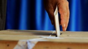 Croații sunt chemați duminică la urne, pentru primul tur al alegerilor prezidențiale