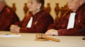 CCR discută în 17 decembrie sesizarea PNL privind modificarea Codului Muncii