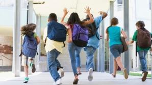 Elevii care chiulesc îşi lasă părinţii fără ajutoare sociale