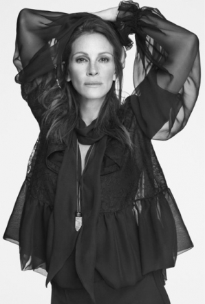 Julia Roberts, revenire spectaculoasă, ca imagine a Givenchy