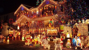 O casă din Croația a fost decorată cu 1.500.000 de luminiţe. Proprietatea a devenit sit turistic